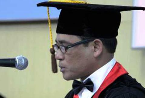Guru Besar Unhas Ditangkap Alasannya Merupakan Sabu