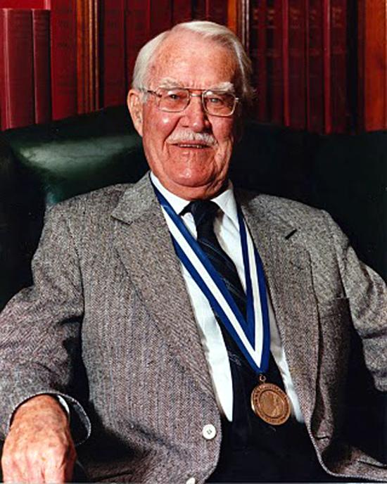 Victor Mills