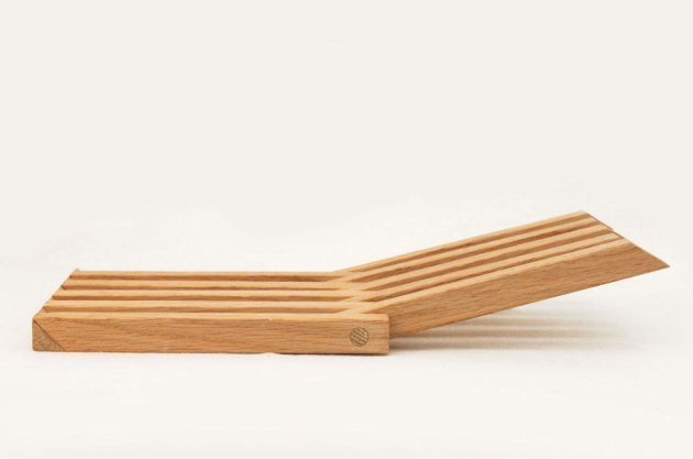 This lovely trivet is a great woodwork project, and I think it would ...