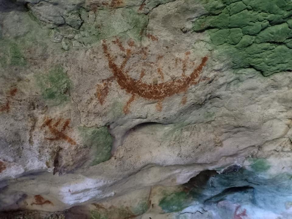 lukisan gua liangkabori