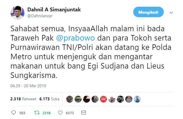 Prabowo Jenguk Egi Sudjana dan Lieus Sungkarisma