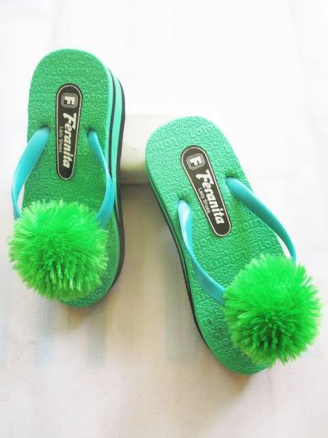 Wedges ZNS Pompom Anak - Toko Sandal Anak Online