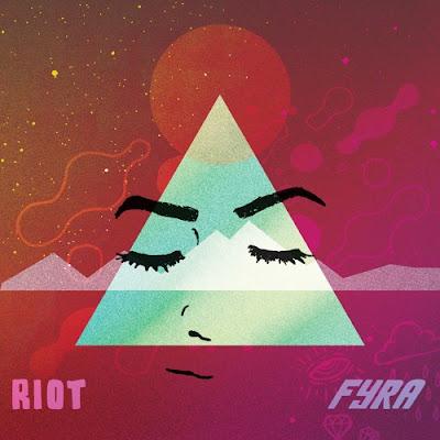 "Fyra Unveils New Single ""Riot!"""
