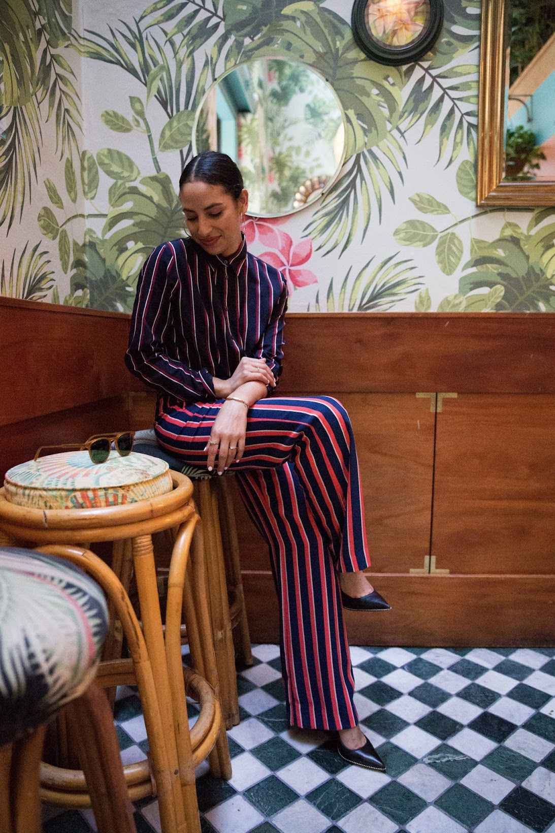 Banana Republic, stripes on stripes, what moves me, sponsored post , work chic looks, leo's oyster bar