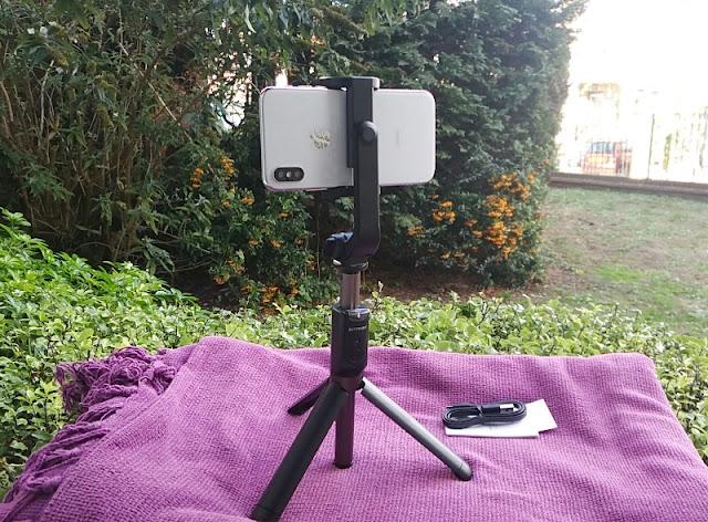Blitzwolf Bw-Bs4 Selfie Stick Tripod Amongst Remote