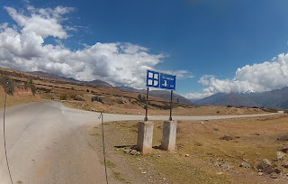 Desvio para as Salineras de Maras / Peru.