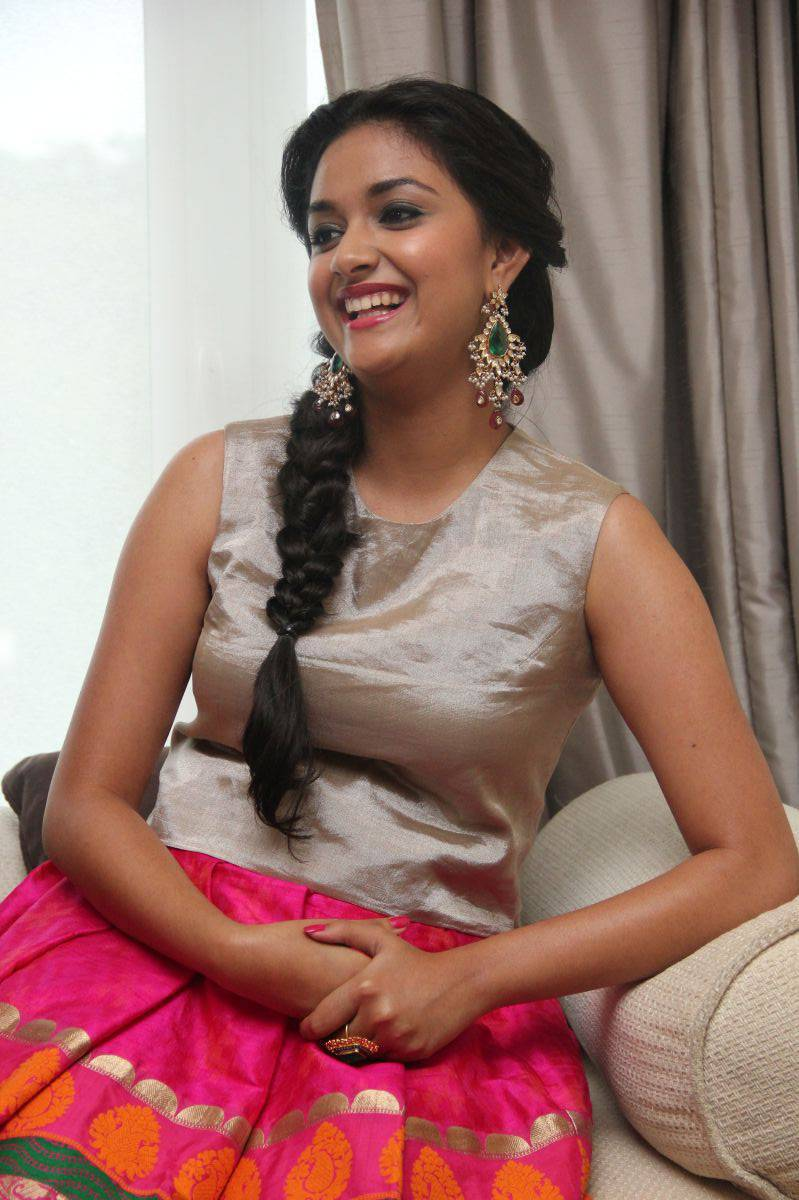 Keerthy Suresh Open Mouth Smiling Teeths Show Photos