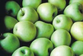 8 reasons why you should eat green apples more often
