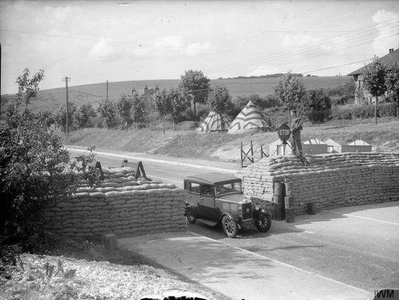 26 June 1940 worldwartwo.filminspector.com English barricades Brighton Sissex