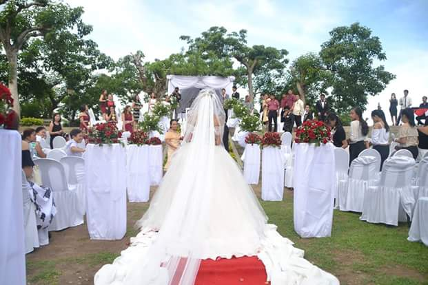 The Wedding Reception Was Held At Penmar Hall 2 With Breathtaking View Of Davao City