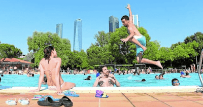 4 Reasons You May Want To Avoid Swimming In Public Pools