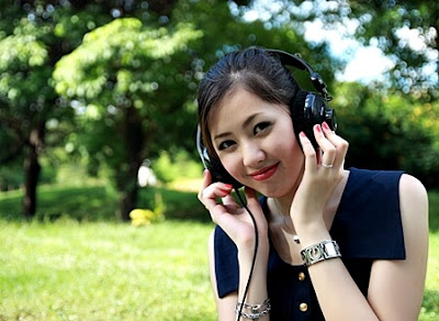 Yolda müzik dinleyin