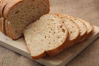 雨の日はパン作りが我が家の日常