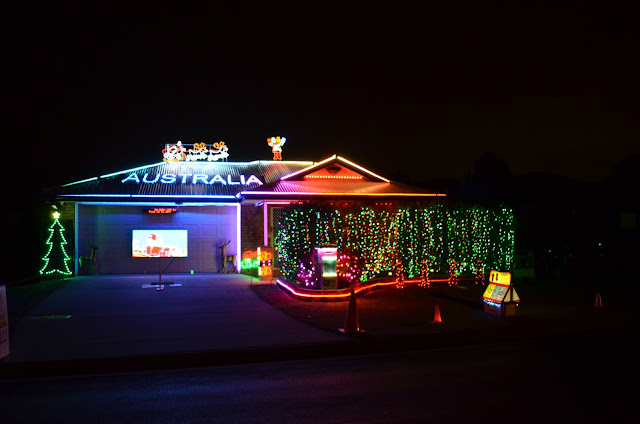 Aussie Christmas paradisepraises.com