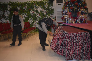 Amankan Natal 2018  Polres Cirebon Kota Dan Unit Jibom Sat Brimobda Den c Sterilkan Sejumlah Gereja