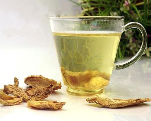 Chá de Bardana Combate a Celulite