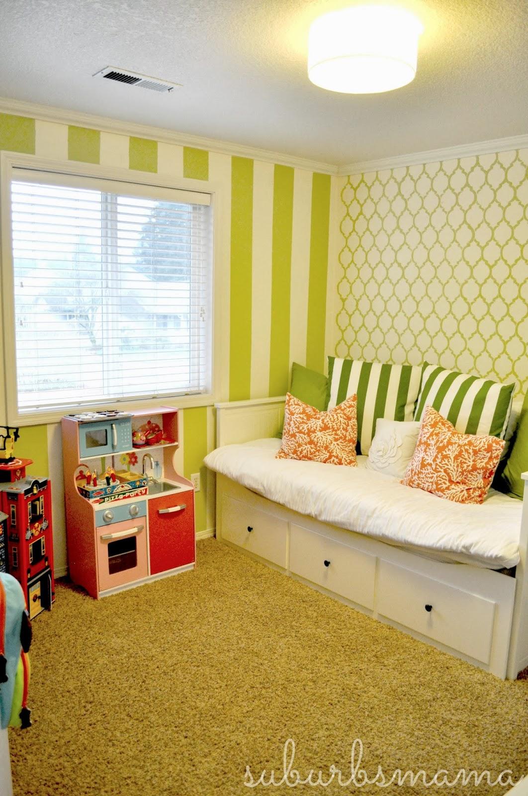Playroom: Suburbs Mama: Play Room/Guest Room Update