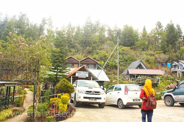Menginap Satu Malam di Kiram's Village, Mesilau Kundasang