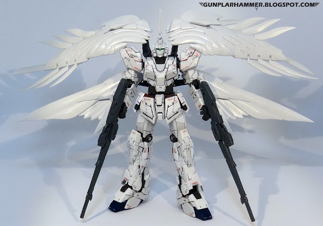 RG 1/144 Unicorn Gundam with Wing Zero Custom Wings