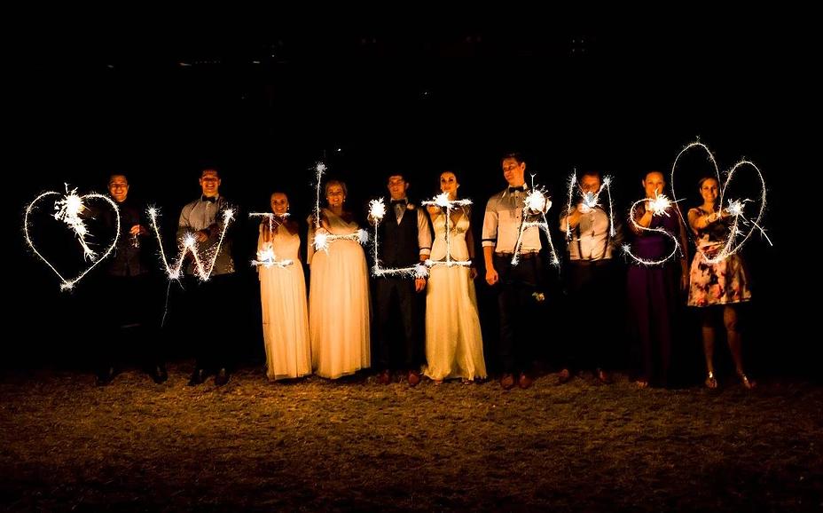 CENTRAL QUEENSLAND WEDDING DECOR HIRE CLERMONT