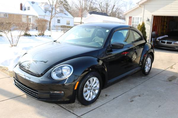 2013 VW Back Beetle For Sale