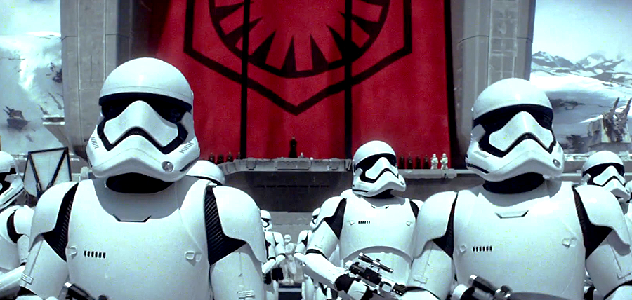 Star Wars: The Force Awakens Trailer: Stromtroopers