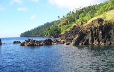 wisata pantai unik