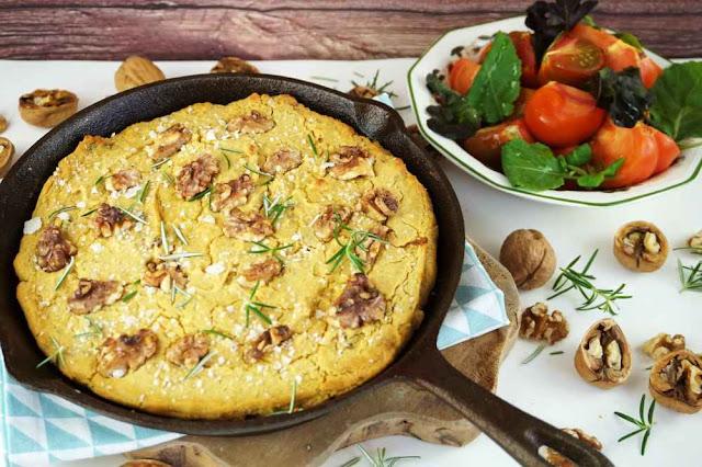 Pan de maiz con nueces a la sarten
