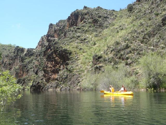 Actividades de turismo activo, kayak en Guadalajara