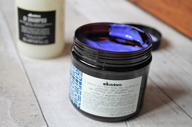 Davines OI Shampoo and Alchemic Conditioner Review