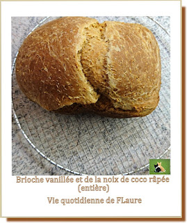 Vie quotidienne de FLaure : Brioche vanillée et à la noix de coco (machine à pain)