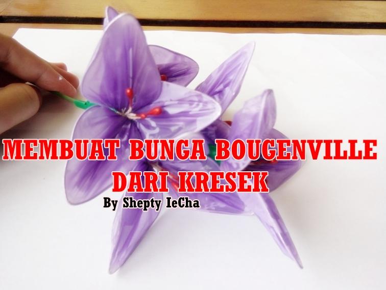 Bunga bougenville dari kantong plastik (kresek bekas) siap menghiasi rumah  anda.  -) d70576ce8d