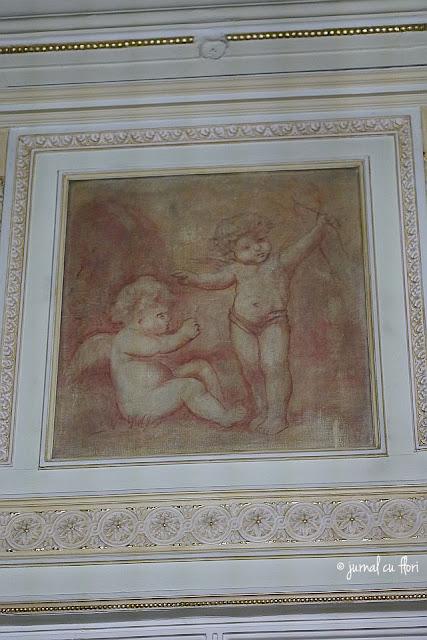 pictura pe perete ingeri - palatul camerei de comert bucuresti