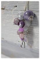 sautoir grappe violet et blanc