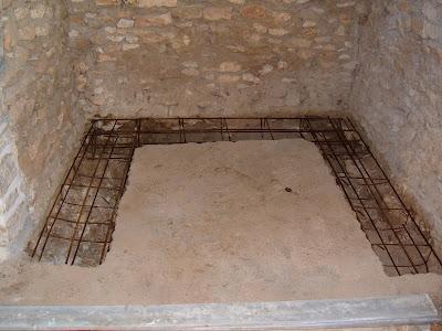 en este caso se utiliza piedra natural al igual que el material empleado en la sal que albergar el horno with horno de piedra casero