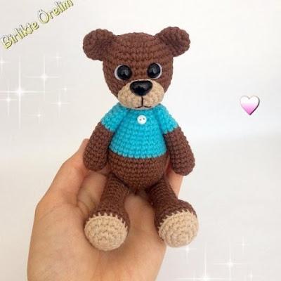 Вязаный медведь крючком