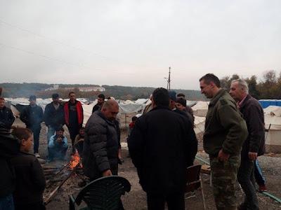Σε εξέλιξη η επιχείρηση μετεγκατάστασης των προσφύγων.