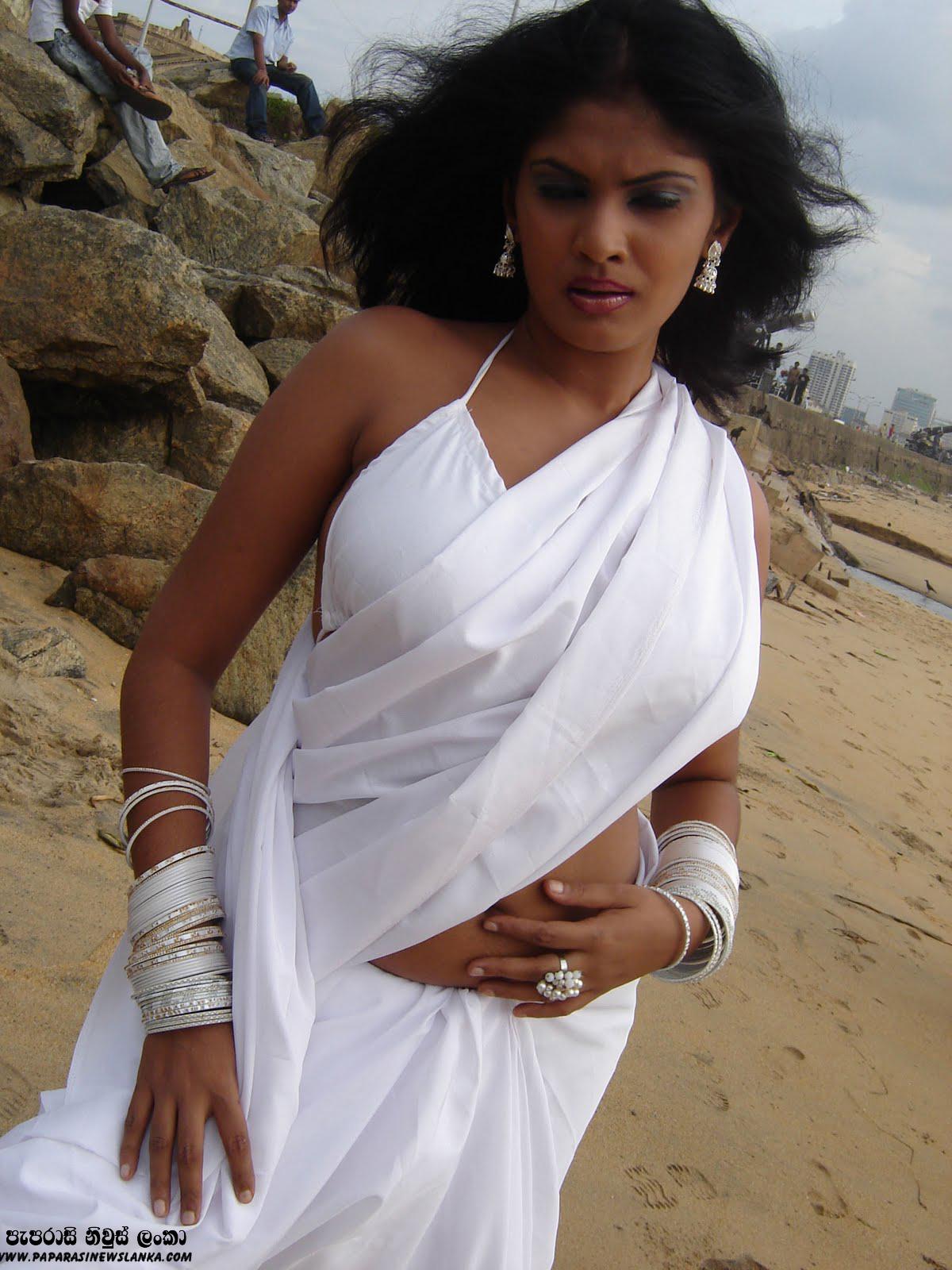 Gossip Lanka News  Hot Image Maheshika Gunasekara Hot-9287