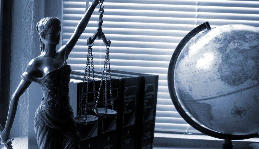 Resultado de imagen para jueces deben informar a las víctimas de violencia la libertad de sus agresores