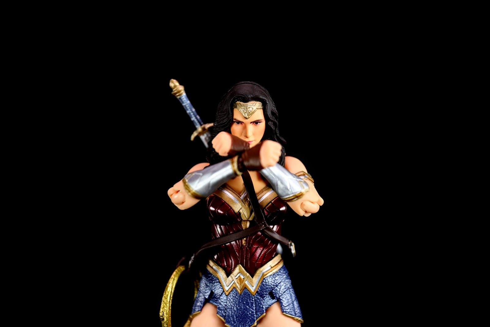 MAFEX No.060 WONDER WOMAN (Justice League)