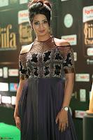 Sanjjanaa Galrani aka Archana Galrani in Maroon Gown beautiful Pics at IIFA Utsavam Awards 2017 40.JPG
