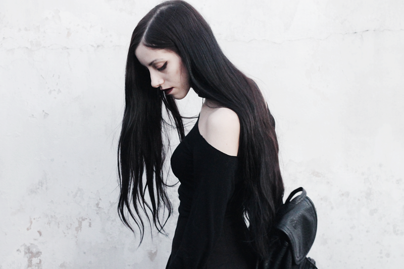 outfit, blogger, blog, fashion, nocturne, gothic, black, hair, jenn, potter, argentina, pale,