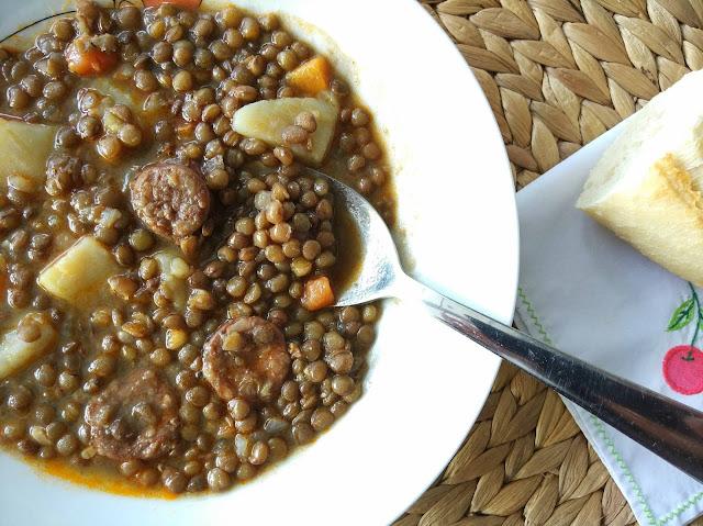 Lentejas con chorizo receta fácil