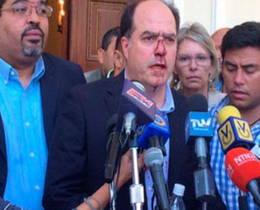 Borges: Colectivos nos golpearon con total impunidad por orden del General Zavarce