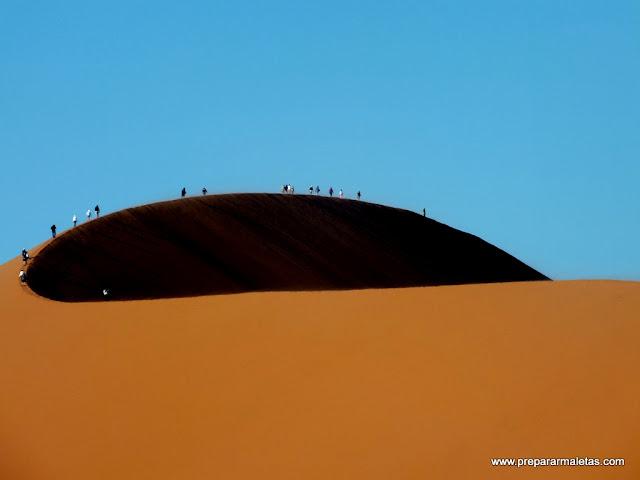 subiendo dunas namibia