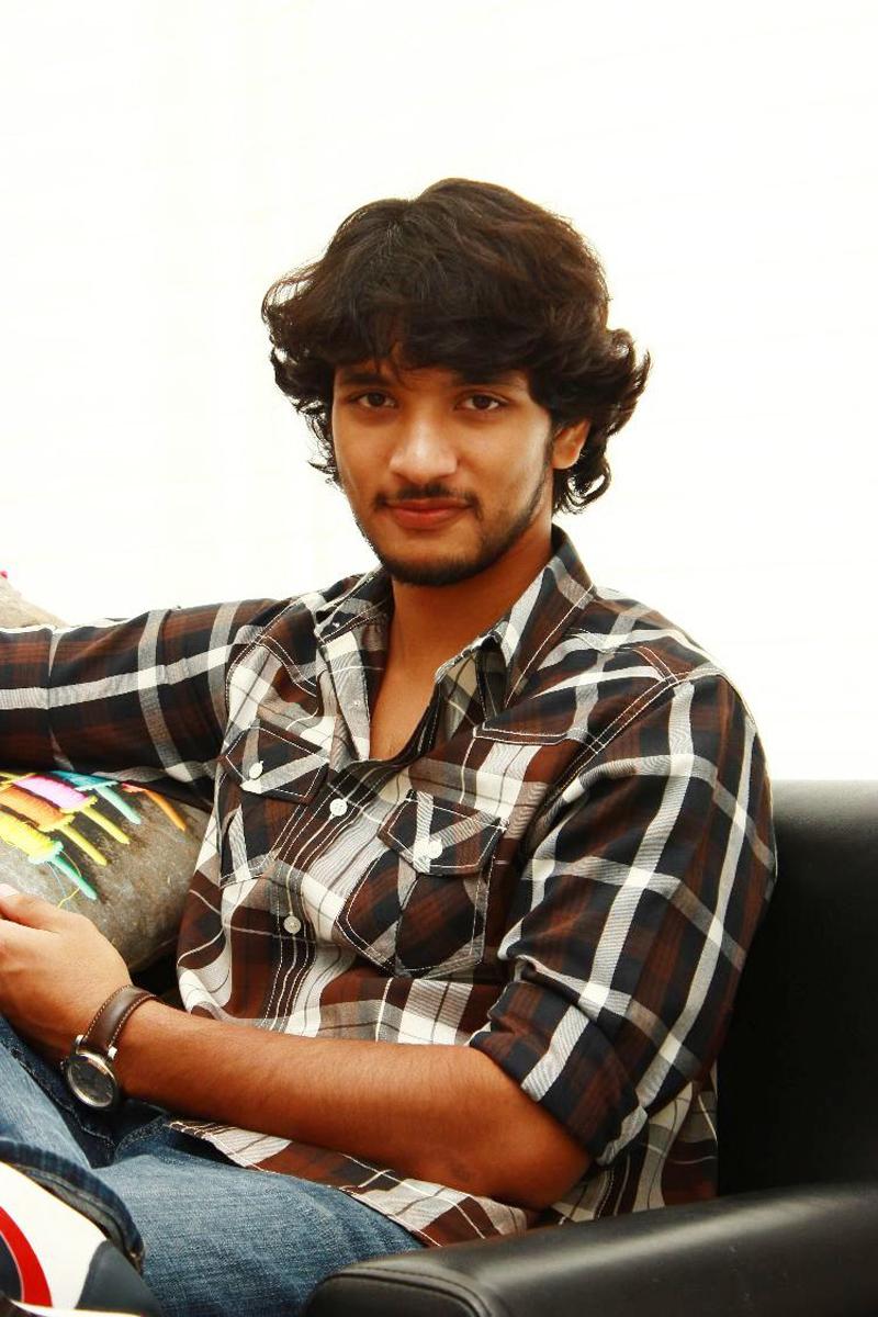 INDIAN SEXY GUY: Gautham Karthik - Upcoming Tamil film actor