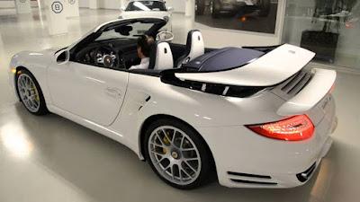 Porsche 911 Turbo S Cabriolet provide efficient emission