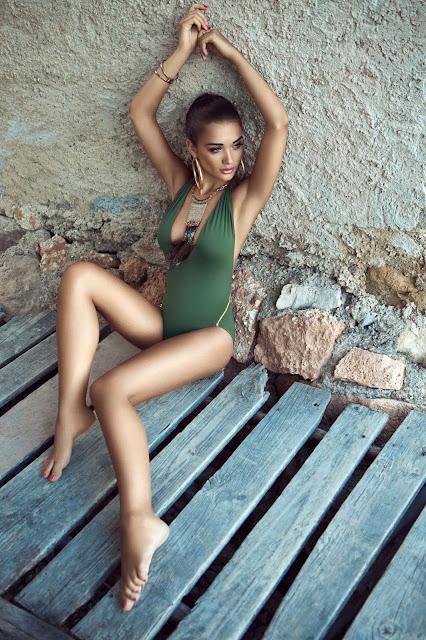 Amy Jackson Sexy Bikini PhotoShoot