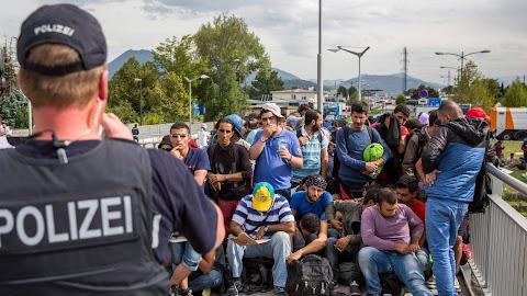 A migránsok által elkövetett nemi erőszak ellen tiltakoztak Németországban
