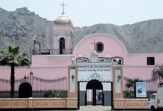 Foto del Convento de los Descalsos de día